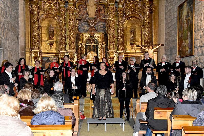 La Camerata Cantábile repasó en La Adrada la música navideña francesa